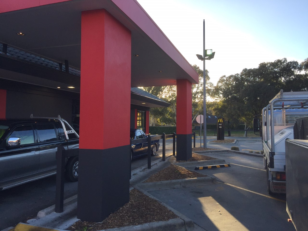 Coloured Acrylic Render - Canberra Acrylic Rendering